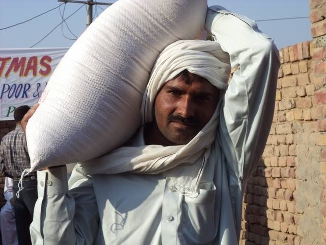Shor Kot City Food Distribution 15